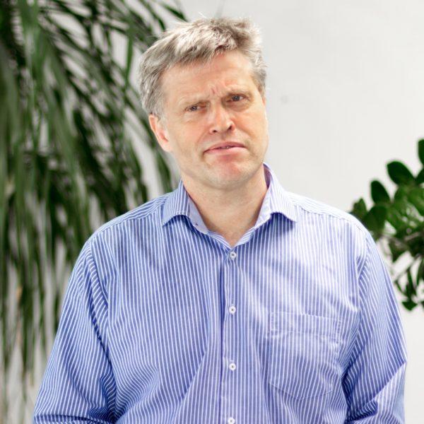 Portrait Ulrich Grimasse bei ECON Application
