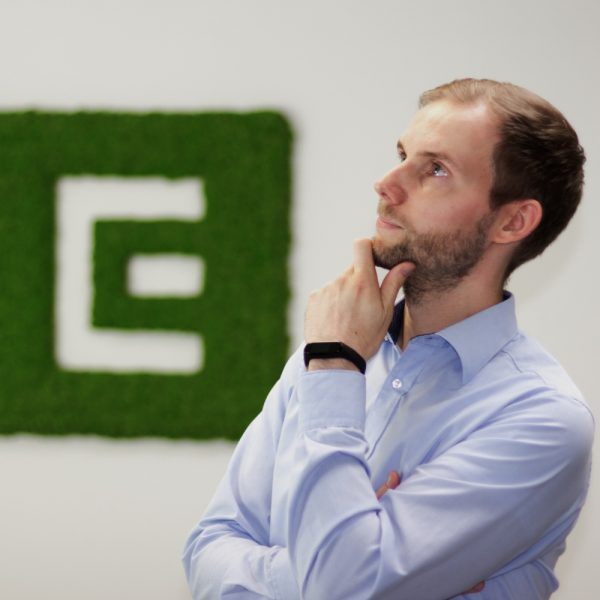 Portrait Patrick Grimasse bei ECON Application