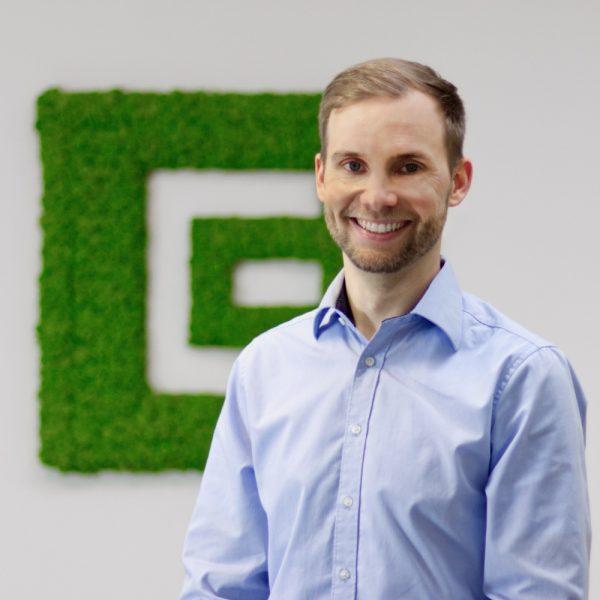 Portrait Patrick bei ECON Application