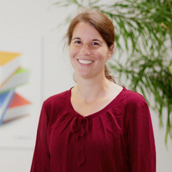 Portrait Anke bei ECON Application