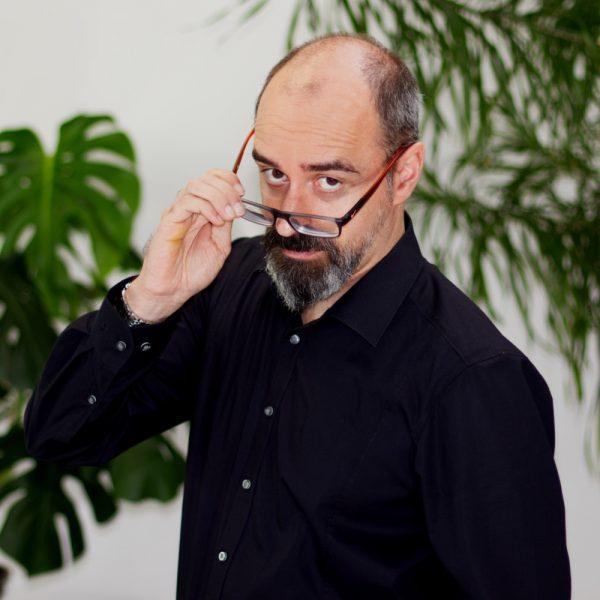 Portrait Grimasse Boris bei ECON Application