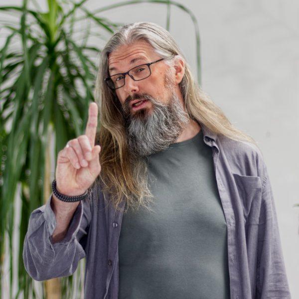 Portrait Ronald Grimasse bei ECON Application