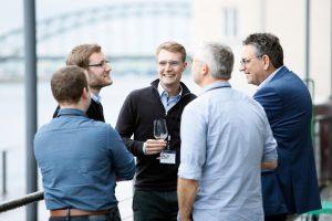 Arne Westphal und Teilnehmer der 1. ECON Customer Conference 2019 im Gespräch
